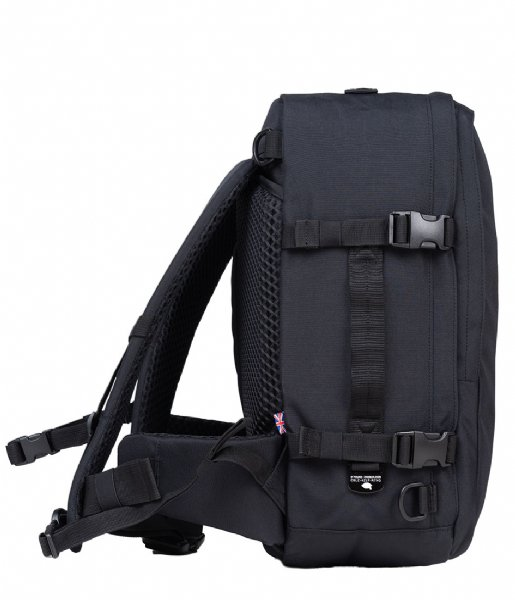 CabinZero  Classic Pro Cabin Backpack 32L 15.5 Inch absolute black